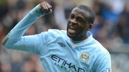 Yaya Toure marcou duas vezes, e City pode erguer a taça ainda nesse domingo (Foto: Reprodução/Facebook)