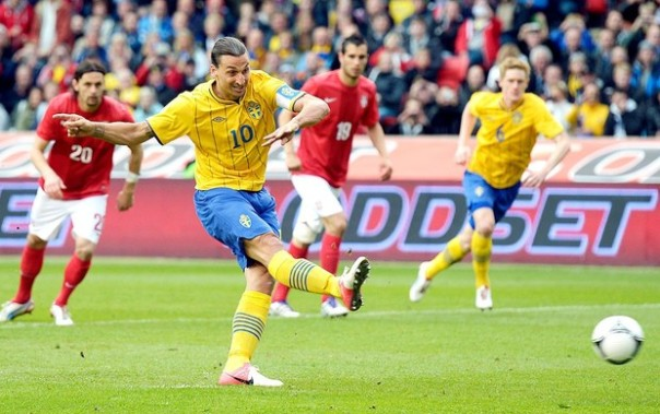 Ibrahimovic deve ser o diferencial da Suécia durante a Euro (AFP Images)