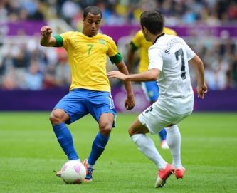 Lucas está concentrado com a seleção brasileira (Foto: Andrew Yates/France Presse)