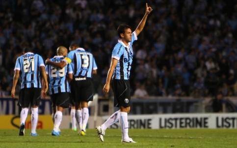 Marco Antônio comemora o primeiro gol da partida. (Foto: Lucas Uebel/Grêmio FBPA)