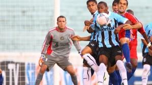 Jogo truncado e derrota Tricolor na velha casa (Foto: Divulgação/Grêmio FBPA)