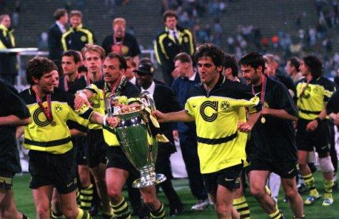 """As conquistas fizeram com que o Borussia """"desse o passo maior que a perna"""" (Foto: Getty Images)"""