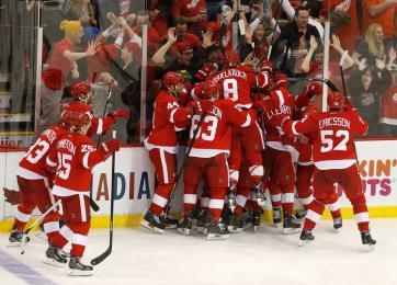( Com a vitória, Red Wings forçam o jogo 7 contra o Anaheim. Foto: Divulgação/NHL)