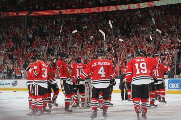 (United Center entra em festa, os Blackhawks estão na decisão da Oeste. Foto: Divulgação/NHL)