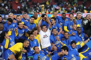 Mesmo atuando em casa, a Seleção Brasileira não deve repetir a campanha de 2009 e vencer a Copa das Confederações (Getty Images)