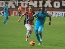 Joinville e Santos fizeram jogo disputado (Foto: Reprodução/Site Oficial do Joinville)