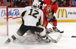 (Iginla #12 marca dois gols e ajuda sua equipe rumo ao título da Stanley. Foto: Divulgação/NHL)