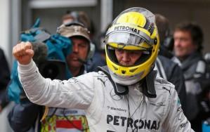 Nico comemora sua vitória (Foto: Reuters)