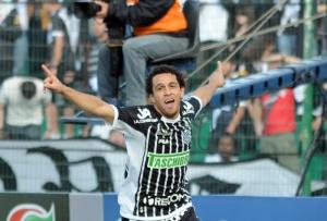 Wellington Nem veio do Fluminense para o Figueira, e voltou para o Rio um ano depois (Foto: R7.com)