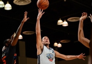 Austin Rivers foi destaque do Pelicans na vitória. (Foto: Getty Images)