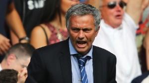 Mourinho voltou estreiando com vitória no Campeonato Inglês (Foto: Getty Images)