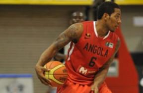 Carlos Morais foi bem na classificação angolana para a final. (Foto: Divulgação/FIBA)