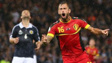 Defour fez um dos gols da vitória da Bélgica (Foto:AFP)