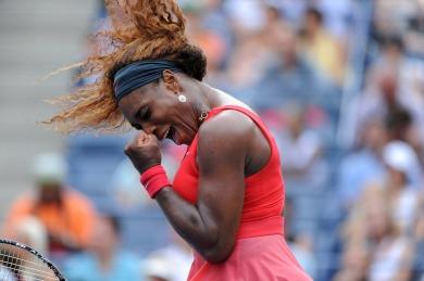 Serena vibra com a vitória sobre Sloane Stephens (Foto: Mike Lawrence/usopen.org)