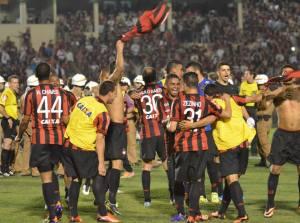 Após o empate com o Inter, o Atlético-PR está nas semis da Copa do Brasil pela primeira vez em sua história (Foto: Gustavo Oliveira/Reprodução Facebook)