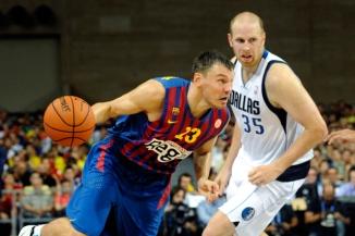 Em 2012, O Barcelona de Jasikevicius (esq.) derrotou o Mavericks. (Foto: Reuters)