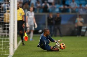Dida defendeu três penalidades contra o Corinthians (Foto: Diego Vara)