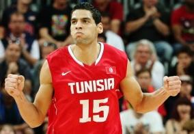Ídolo do basquete africano, o tunisiano Salah Mejri é novidade no Real. (Foto: Getty Images)