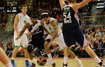 O Siena de Daniel Hackett (com a bola) caiu diante do Bayern. (Foto: EuroLeague.net)