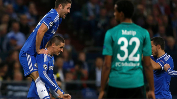 Fernando Torres, duas vezes, e Hazard anotaram os gols da vitória dos Blues (Foto:  Reuters)