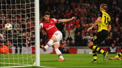 Giroud anotou o único gol dos Gunners (Foto: Getty)