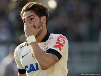 Pato não encaixou até agora no Corinthians. (Foto: Divulgação/Corinthians)