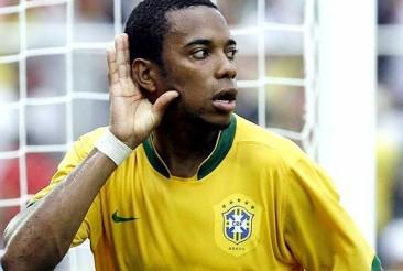 Robinho teve seu nome convocado por Luiz Felipe Scolari (Foto: Reprodução Blog do Milton Neves)