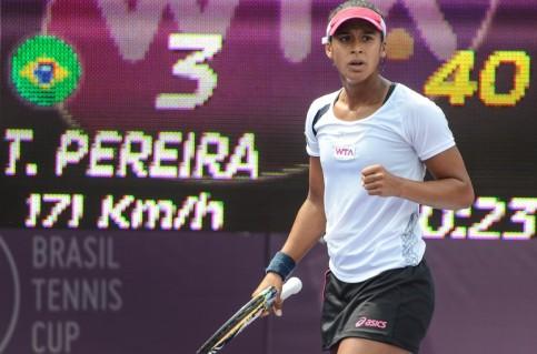 Teliana Pereira alcançou pela primeira vez o grupo das 100 melhores (Foto: Marcelo Ruschel/POA Press)