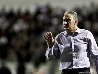 Todos estão tentando blindar Tite para ele continuar no clube. (Foto: Divulgação/Corinthians)
