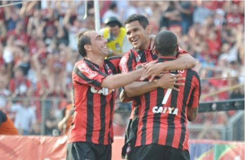Atlético venceu o São Paulo por 3x0 e adiou a grande festa do Cruzeiro (Foto: Gustavo Oliveira/Site Oficial do CAP)