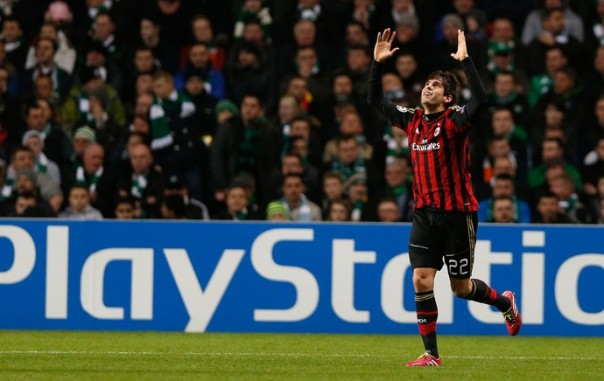 Kaká fez gol e atuou bem na primeira etapa pelo Milan (Foto: Reuters)