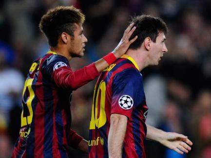 Messi contou com a ajuda de Neymar no primeiro gol, mas decidiu com Fàbregas no terceiro tento (Foto: Getty Images)