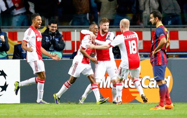 Serero marcou o primeiro do Ajax (Foto: Reuters)