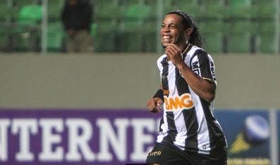 Ronaldinho voltou em grande estilo (Foto: Site Oficial do Atlético Mineiro)